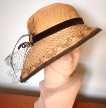 STYLISH STRAW HAT from about 1910??????????????????????????