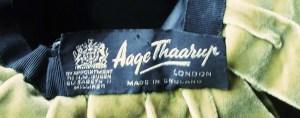 royal warrant label HMQ EII
