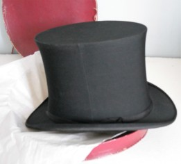 Two views of same hat (2)