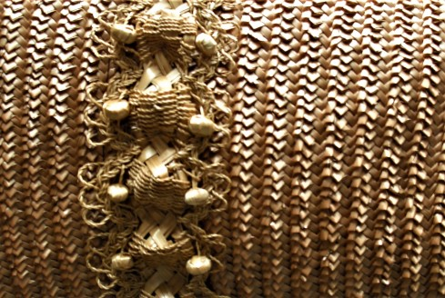 BOX 119 P 6- 51-3 detail of Swiss straw work decoration